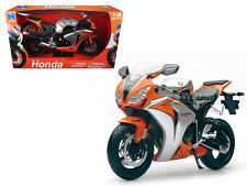 2010 HONDA CBR 1000RR MOTORCYCLE 1/6 DIECAST MODEL BY NEW RAY 49293