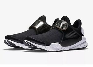 new products 305db e7be7 NIKE Sock Dart SE