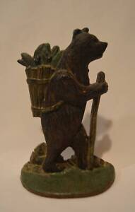 Vintage-Cast-Iron-Hiking-Bear-Door-Stop-Or-Single-Bookend