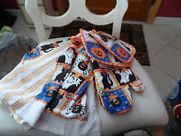 Sultan' Linens Halloween Pot Holder, Oven Mitt And Kitchen Towel Set
