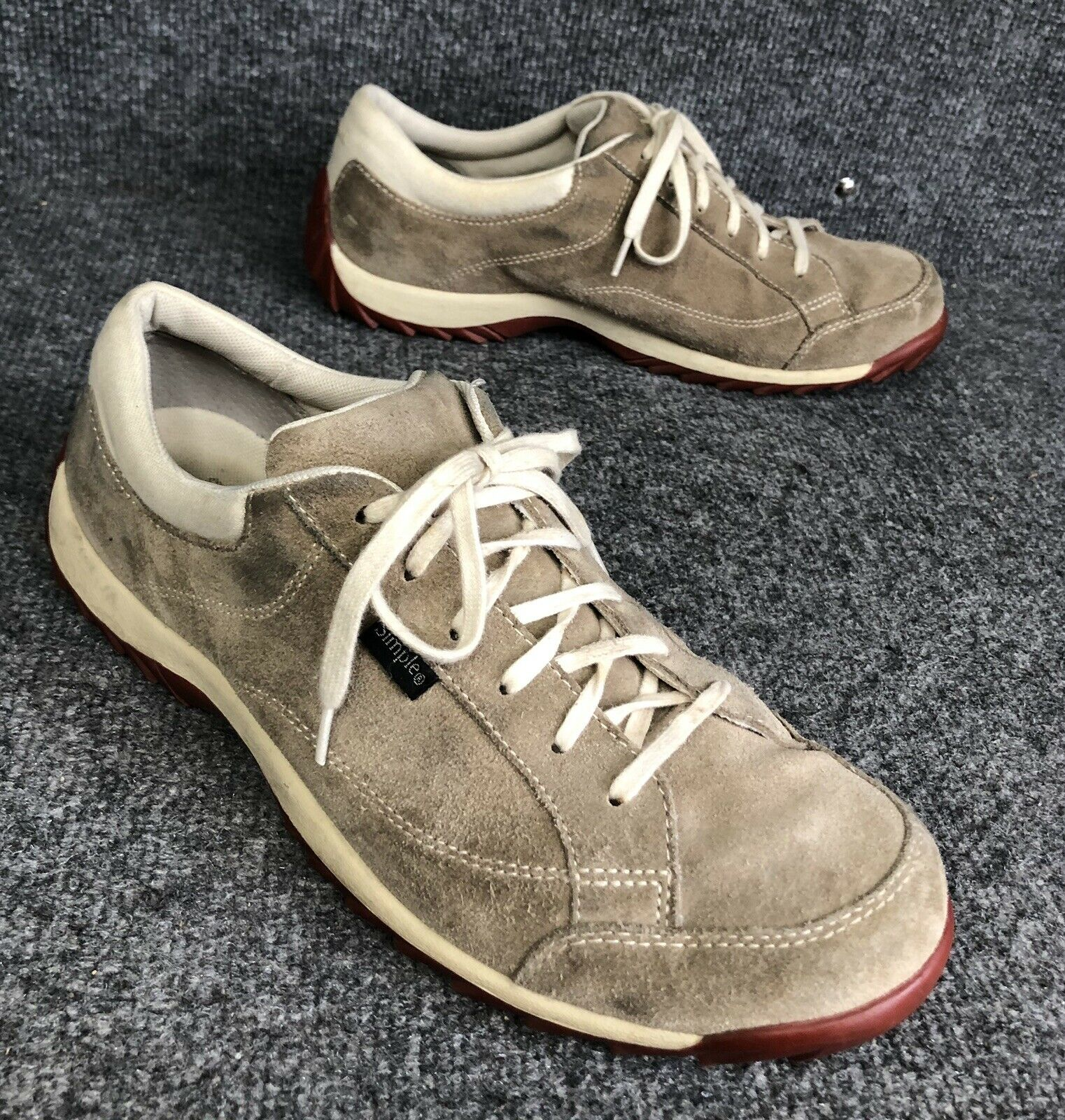 Simple Casual Suede Lace Up Fashion Sneakers Womens shoes Size 11 In EUC