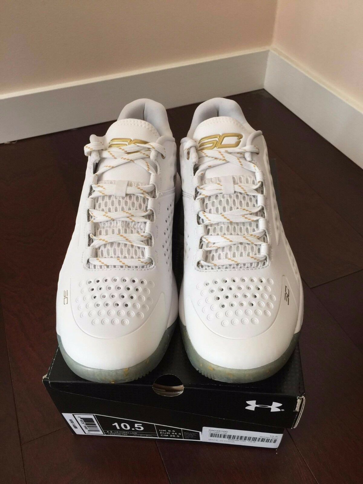 curry one low mvp family and friends size 10.5