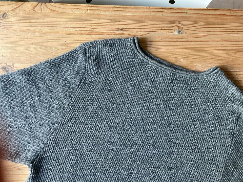 Sweater, Aiayu, str. 36
