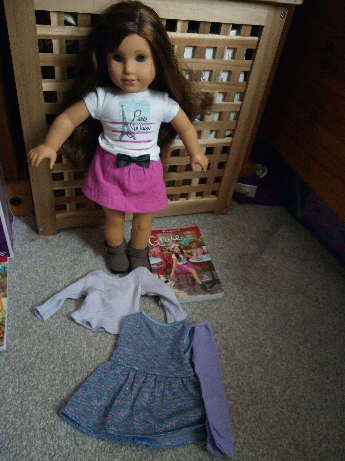 American Bambola Grace ottime condizioni. con vestito da extra.