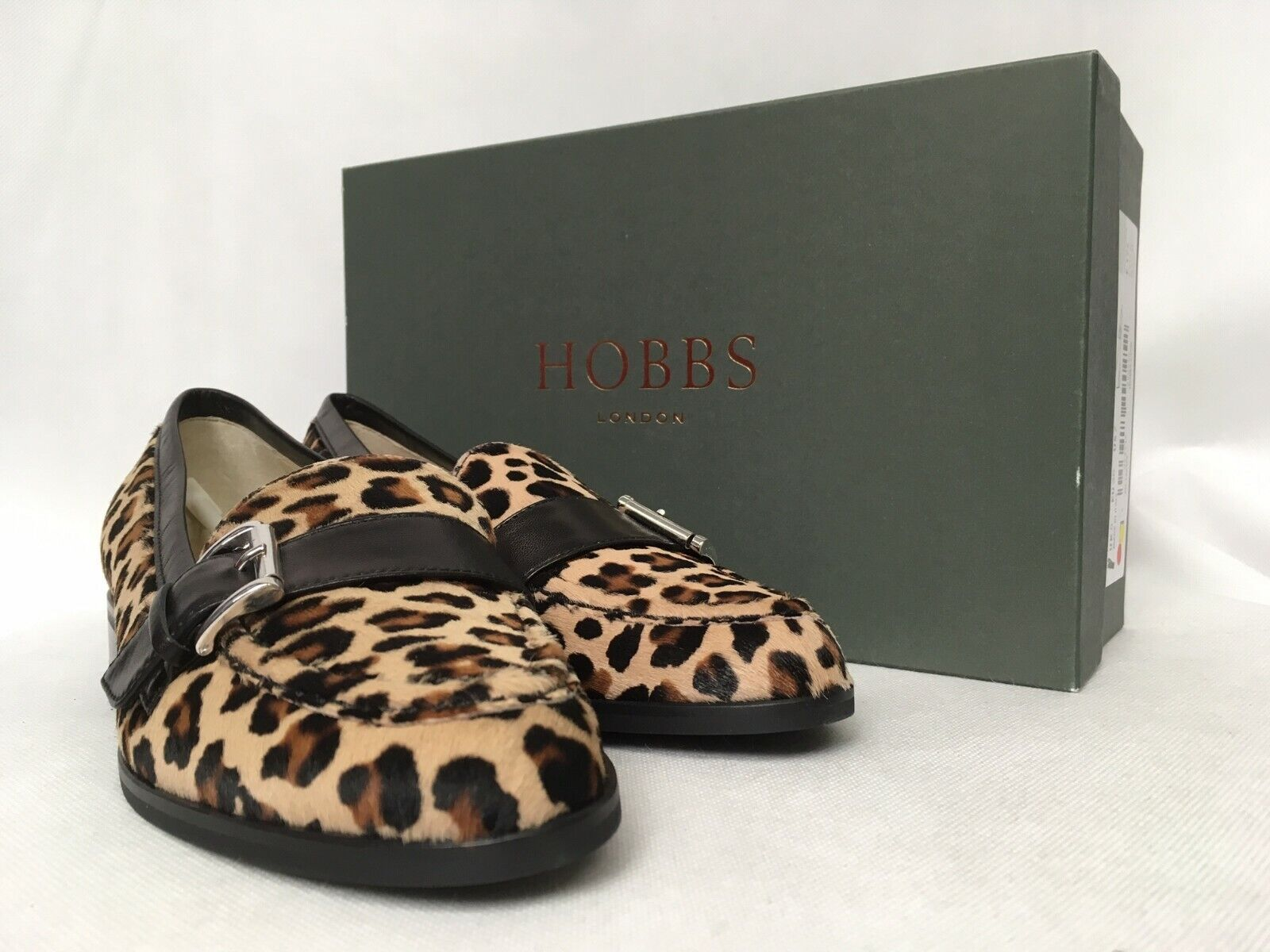 Hobbs Amanda Faux Pony Leopard Loafers. Various Größes.