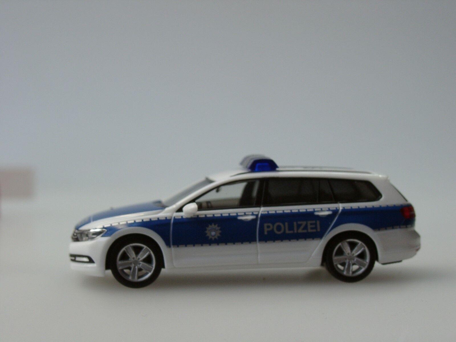 Herpa VW Passat Variant B8 B8 B8 Bundespolizei - Dachkennung  15 910  - 1 87 7acd42