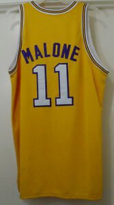 0240d9c5da3 Vintage Mitchell   Ness NBA Los Angeles Lakers Malone  11 Jersey ...