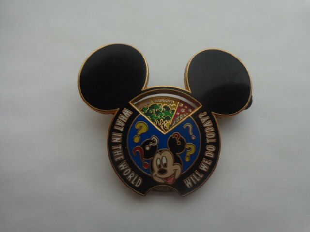 DISNEY 2008 3D PARKS - MICKEY MOUSE 'WHAT IN THE WORLD WILL WE DO TO TODAY' PIN