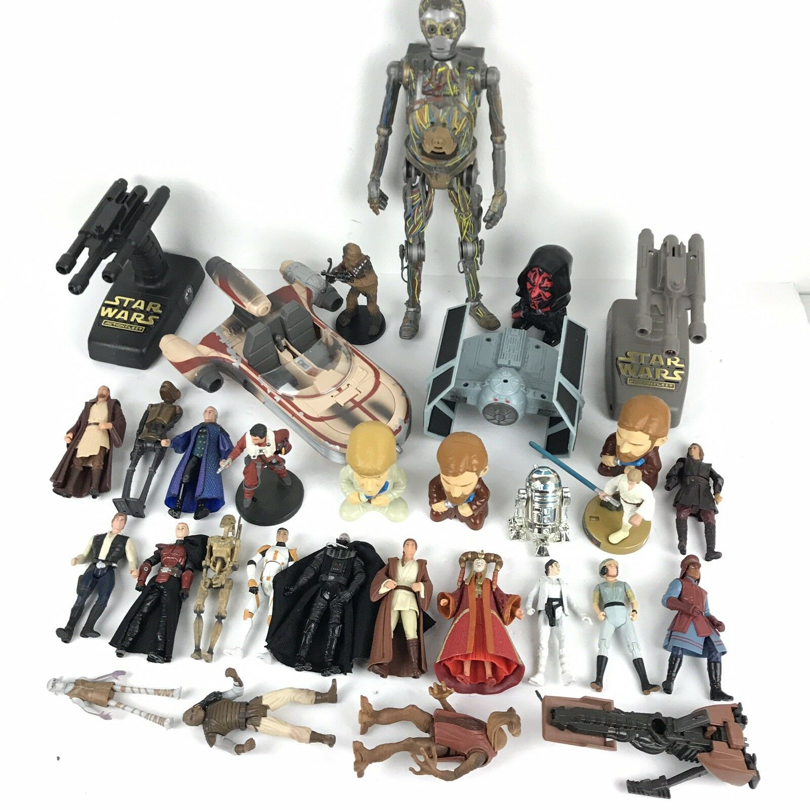 Star Wars Action Figure And Vehicle Lot 31 Pieces