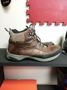 men's slip resistant hiking boots