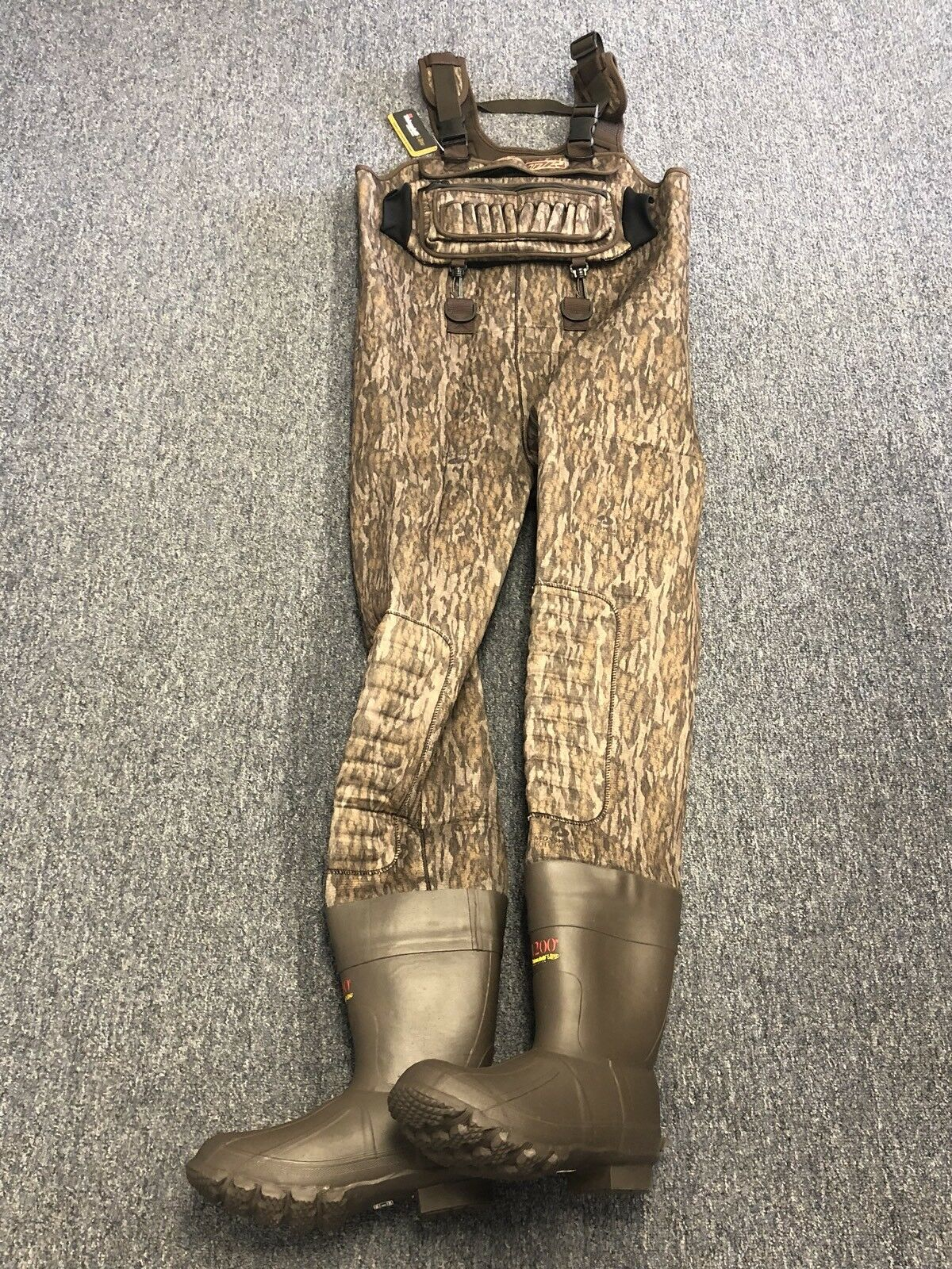 NEW 4mm Waterfowler Botto and  Camo Neoprene Hunting Chest Wader Lug Size 11  get the latest