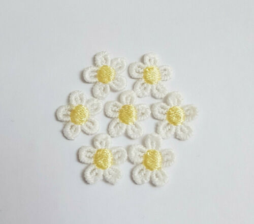 TINY WHITE GUIPURE LACE DAISY COLOUR CENTRE MOTIFS SEW ON FLOWER APPLIQUES 15mm