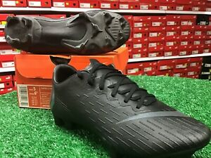 New-In-Box-Nike-Vapor-12-PRO-FG-Blacked-Out-Soccer-Cleats-Size-5