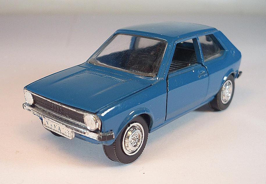 SCHUCO 1 43 Audi 50 bleu  5044