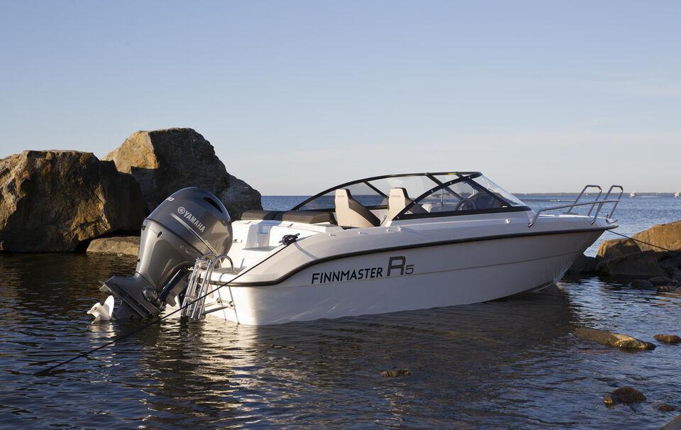 Finnmaster R5 med Yamaha 70 HK påhængsmotor