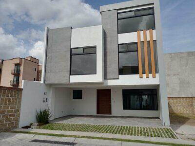 Casa nueva en Renta de 3 recamaras cerca de la universidad de las americas