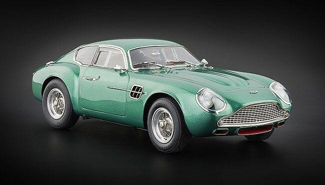 1 18 CMC 1961 Aston Martin DB4 GT Zagato Green M-132