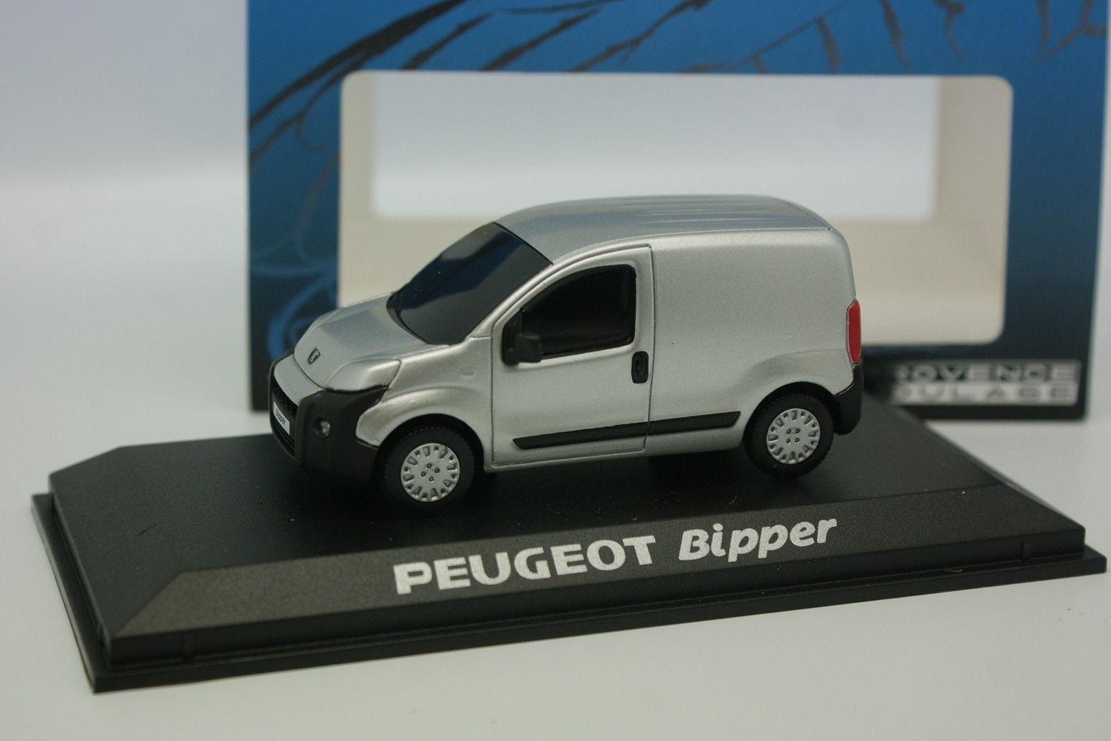 Norev Provence Moulage 1 43 - Peugeot Bipper gris