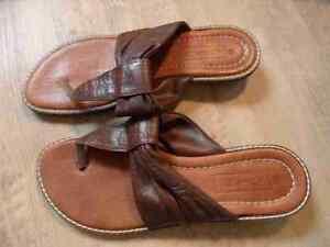 newest collection 06972 63278 Details zu JANET D schöne Zehentrenner Sandaletten braun Gr. 38 TOP ZC1116