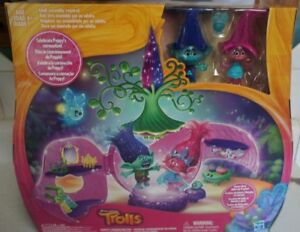 DreamWorks-Trolls-Poppy-039-s-Coronation-Pod-FREE-SHIPPING