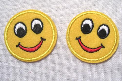 LOT de  2 ÉCUSSONS PATCH thermocollant ROND TÊTE SMILEY SOURIANTE ** 45 mm **