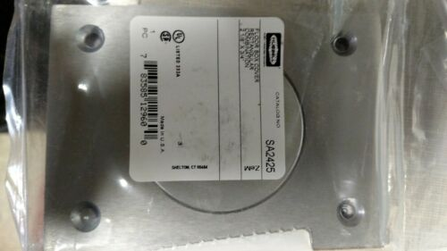 """2-1//8/"""" X 3//4/"""" HUBBELL SA2425 ALUMINUM ROUND FLOOR BOX RECTANGLE COVER"""