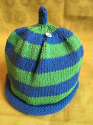 MERRY BERRIES Green//blue Stripe Hand Knitted 100/% Cotton Baby Hat BN 6-12months