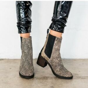 04c98285928 Details about UGG Australia CAMDEN EXOTIC Calf Hair Boots Size US 5 EU 36  Black Dotted $225