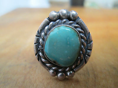 American SOUTHWEST Turquoise Sterling Silver ring Beautiful condition 5.5 size