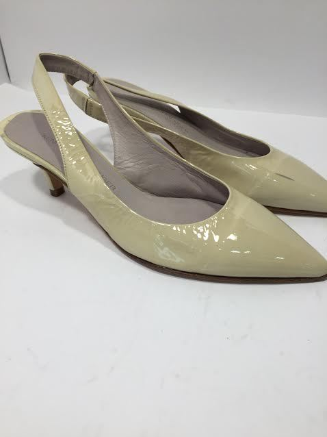 Kennel Schmenger Womens Leather Slip On Closed Toe Court Shoes New 3.5 Defects