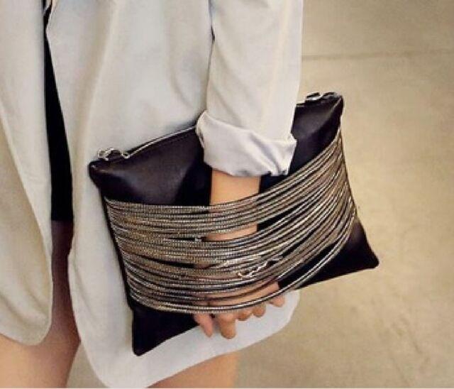 Clutch Umhängetasche schwarz Reissverschluss silber PU Leder Damen Rock Style