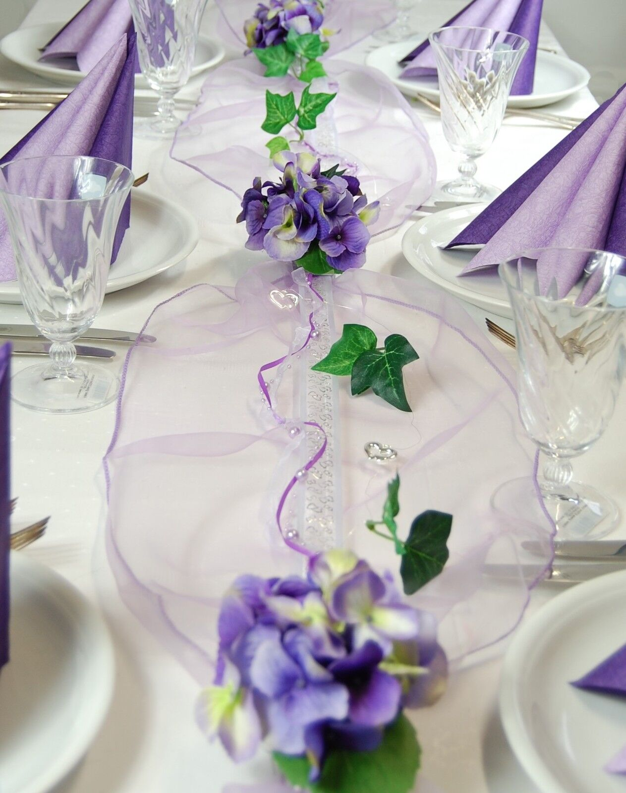 Komplette Tischdeko in lila-flieder für Hochzeit Geburtstag Kommunion ect. Gr. M