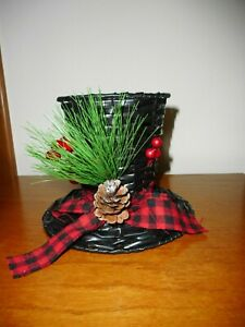 Christmas-Holiday-Frosty-the-Snowman-Black-Straw-Top-Hat-Decoration-Candy-Dish
