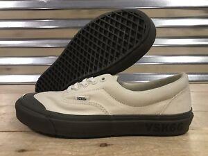ab93f00a865 Image is loading Vans-Podium-Era-Wafflesaw-Skate-Shoes-Marshmallow-Dusty-