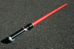 Vintage-1999-Hasbro-LucasFilm-Star-Wars-Red-Light-Saber-Qui-Gon-TPM-Non-Powered