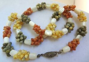 Vintage-MOP-Dyed-Seashells-Mother-of-Pearl-Statement-Necklace-Yellow-Green-Coral