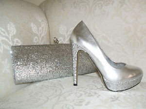 215d352dcd88c BNWB SIZE 3 SILVER OR GOLD METALLIC GLITTER SPARKLY COURT SHOES ...