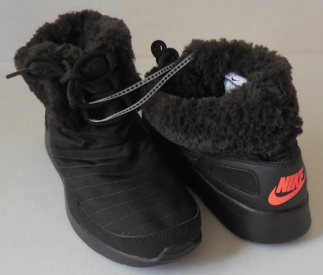 reputable site 97976 9d9e0 Nike Women s Kaishi Winter High Shoes Boots Faux Fur Brown Size 9 New