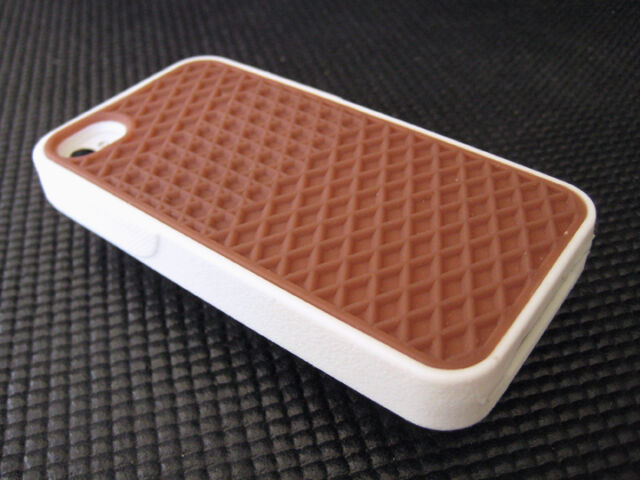 the latest 1859c ff17d Iphone 5 5s Vans waffle case White/Brown plus 5x Screen Protectors free