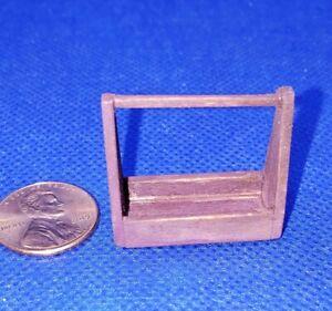 Casa-de-Munecas-Miniatura-Handmade-Herramienta-Caja-Caddie-Worn-Rojo-1-24