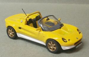 MAXI-CAR-10043-10061-10142-LOTUS-TOYOTA-MR2-BMW-Z8-Model-Cars-Giallo-Rosso-1-43rd