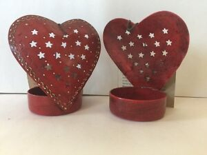 Valentine-Red-Love-Heart-T-Lights-Set-of-2pc-Iron-8x5x9cm-each-piece