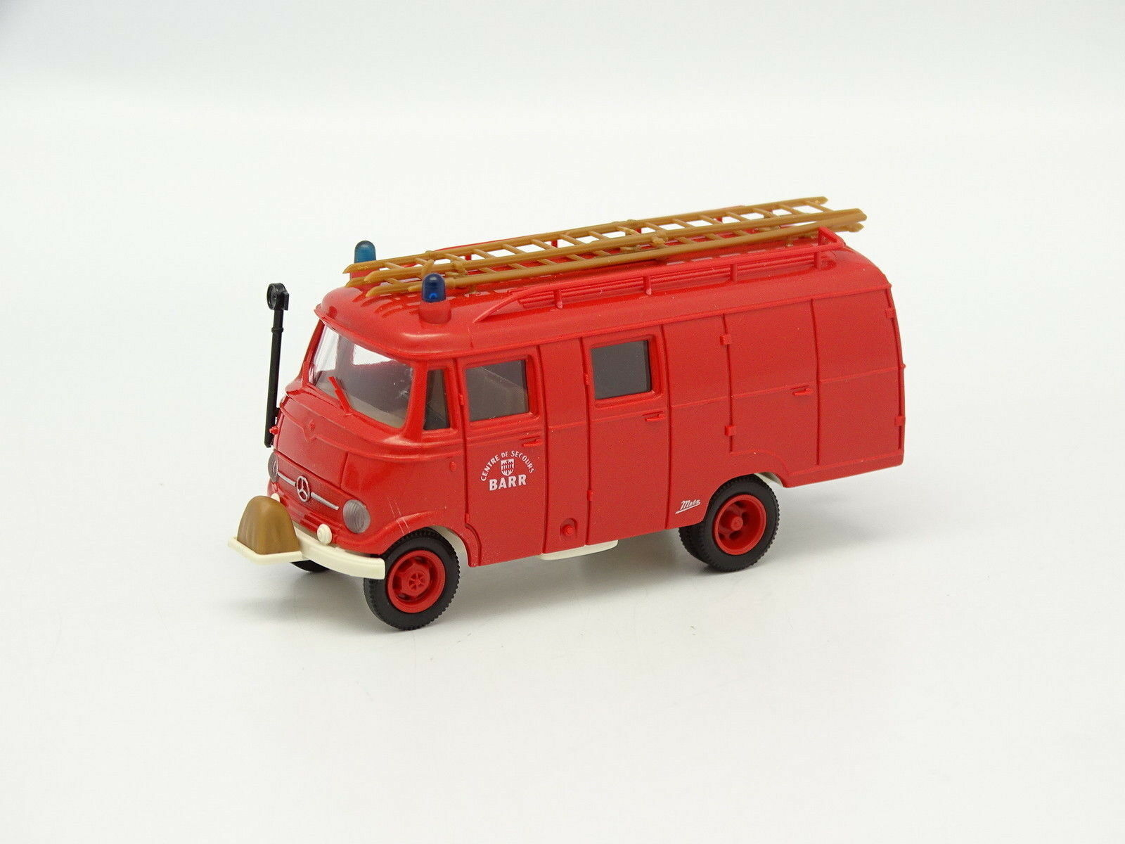 Brekina 1 87 HO - Mercedes LF319 LF319 LF319 Metz Vigili del fuoco Barr eace02