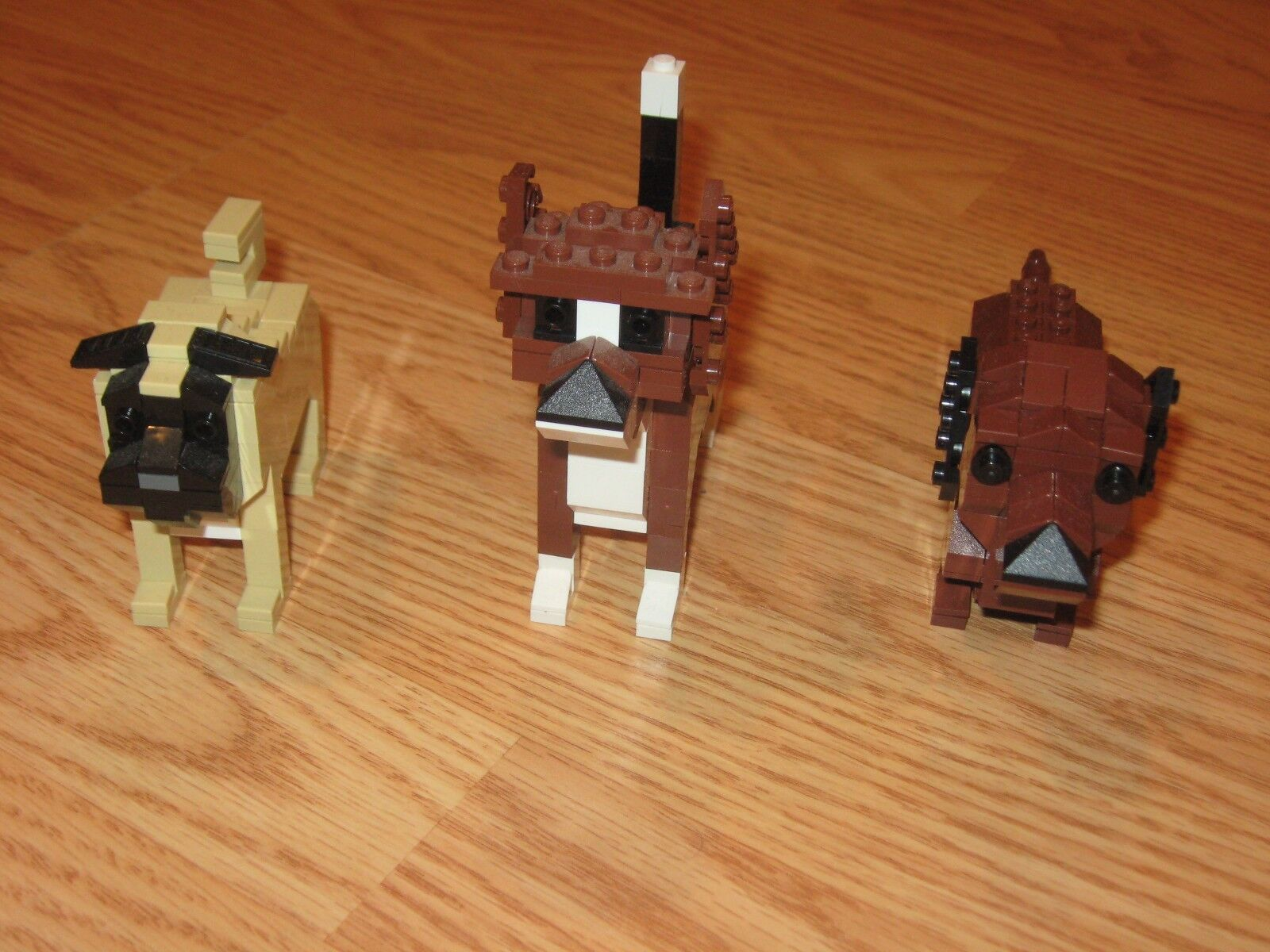 Lot of 3 CLUB LEGO Sets:  Pug Dachshund and Beagle DOGS All Pieces