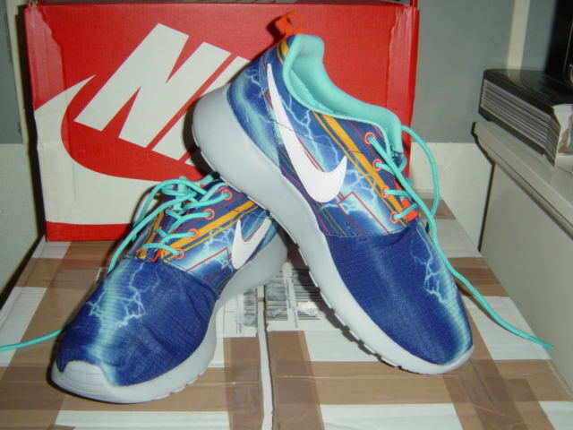 Nike Roshe der Run One GS Print in der Roshe Gr.38 in Blau c482d8