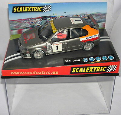 """Kinderrennbahnen Elektrisches Spielzeug Scalextric 6093 Seat LÖwe #1 """"glas 2002"""" Mb A Wide Selection Of Colours And Designs"""