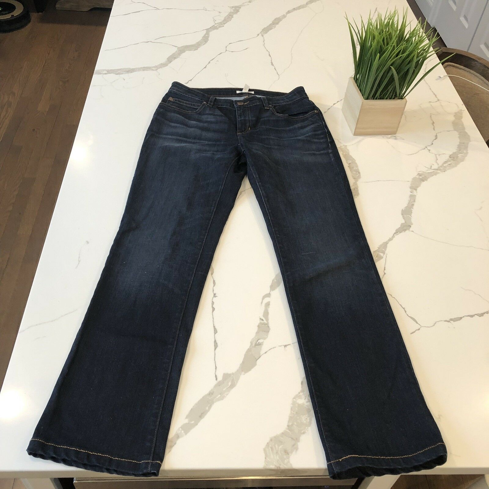 EILEEN FISHER Dark Wash Size 4 Straight Leg Premium Designer Denim Jeans Soft