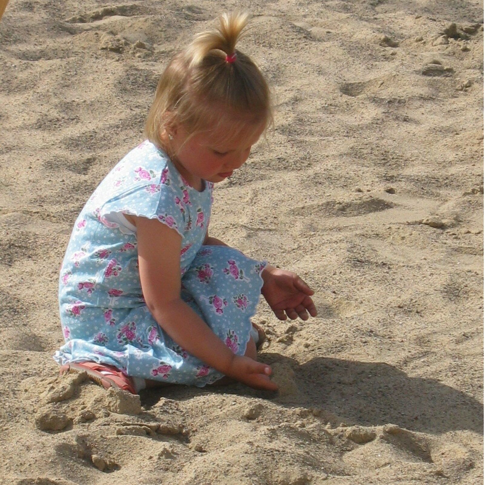 LoggyLand Sandkasten Sandkasten Sandkasten Spielsand 2 mm 200 kg geprüfte Qualitätsware Quarzsand Sand 911306