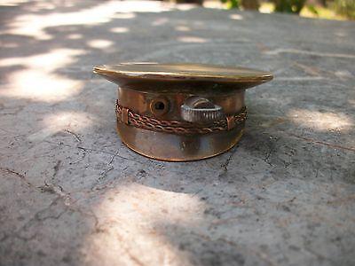 Ancien briquet forme casquette tranchés poilu 14-18