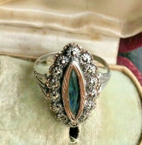 princely beauty 6 US size Art Deco style elegance open adjustable band Magnificent sterling silver blue topaz marcasite vintage ring